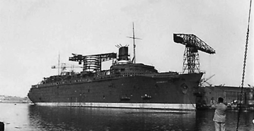 Normandie under construction